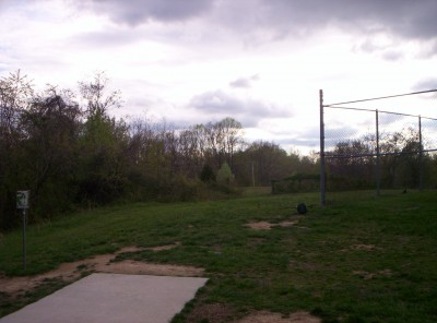 Giles Run @ Laurel Hill Park, Main course, Hole 1 Long tee pad