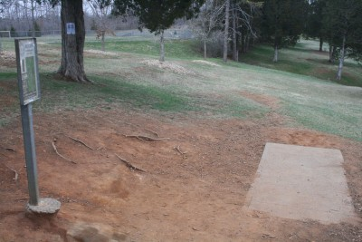 Peaks View Park, Main course, Hole 1 Tee pad