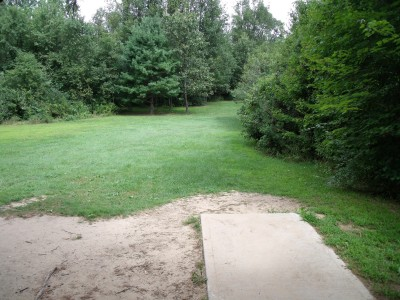 Oshtemo Township Park, Main course, Hole 14 Short tee pad