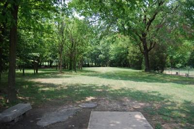 Gillies Creek Park, Main course, Hole 7 Tee pad
