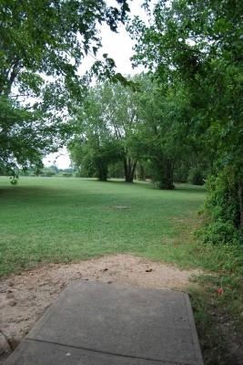 Gillies Creek Park, Main course, Hole 10 Tee pad