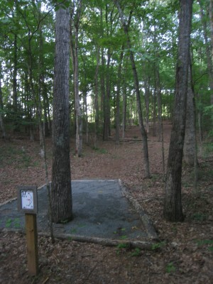 Sontag, Main course, Hole 17 Middle tee pad