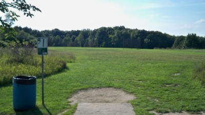 Robert Morris, Main course, Hole 11 Tee pad