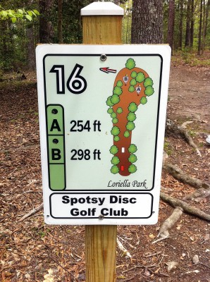 Loriella Park, Main course, Hole 16 Hole sign