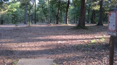 Bayville Park, Main course, Hole 7 Tee pad