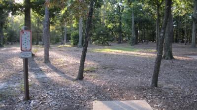 Bayville Park, Main course, Hole 6 Tee pad