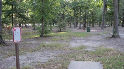 Bayville Park, Main course, Hole 9 Tee pad