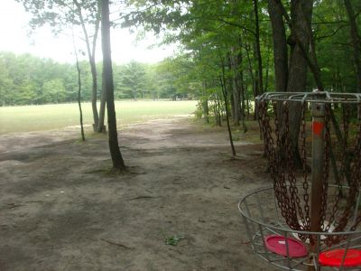 Log Lake Park, Main course, Hole 1 Reverse (back up the fairway)