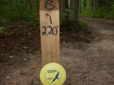 Log Lake Park, Main course, Hole 8 Hole sign