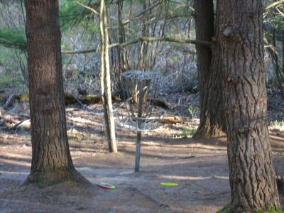 Log Lake Park, Main course, Hole 9 Putt