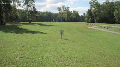 New Quarter Park, Main course, Hole 1 Short approach