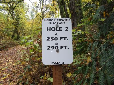 Lake Fenwick, Main course, Hole 2 Hole sign
