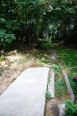 Terrace Creek, Main course, Hole 2 Tee pad