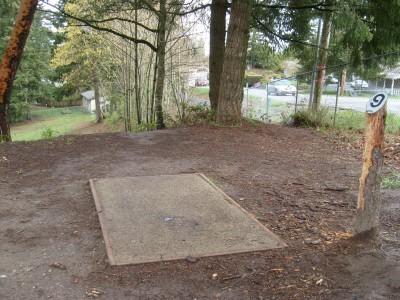 Van Zee Park, Main course, Hole 9 Tee pad