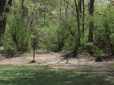 Grand Woods Park, Main course, Hole 15 Short approach
