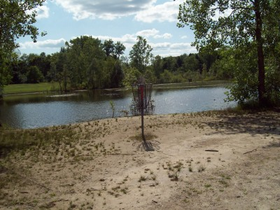 Grand Woods Park, Main course, Hole 5 Putt