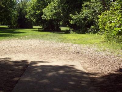 Grand Woods Park, Main course, Hole 4 Tee pad