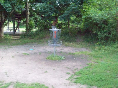 Grand Woods Park, Main course, Hole 11 Putt