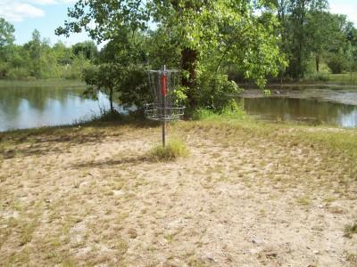 Grand Woods Park, Main course, Hole 6 Putt