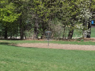 Grand Woods Park, Main course, Hole 18 Short approach