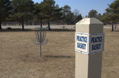 Addison Oaks County Park, Main course, Hole 24 Alternate pin