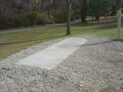 Addison Oaks County Park, Main course, Hole 2 Long tee pad
