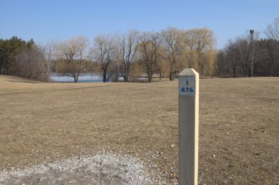 Addison Oaks County Park, Main course, Hole 1 Middle tee pad