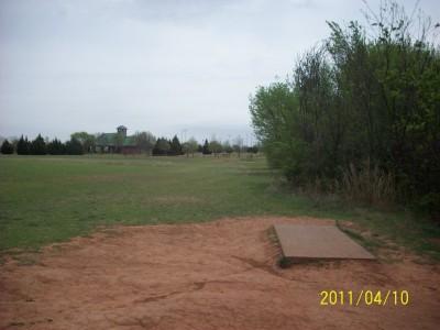 Tye F. Cunningham DGC, Main course, Hole 18 Tee pad