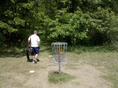 Fallasburg Park, Main course, Hole 17 Putt