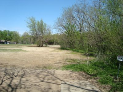 Dolese Youth Park, Main course, Hole 13 Tee pad