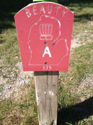 Mason County Park, Beauty, Hole A Hole sign
