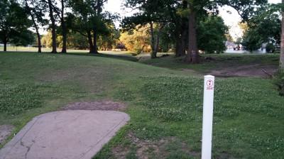 Hunter Park, Main course, Hole 7 Tee pad