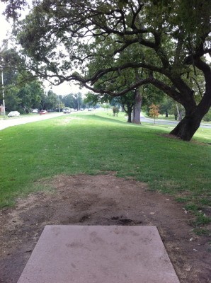 Riverside Park, Main course, Hole 4 Tee pad
