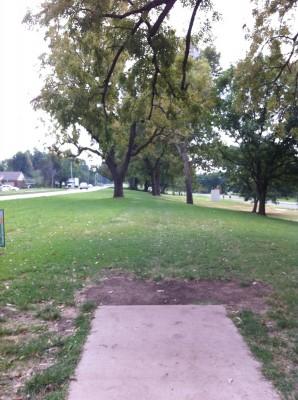 Riverside Park, Main course, Hole 3 Tee pad