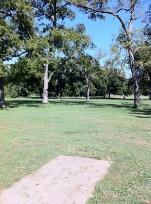 Haikey Creek Park, Main course, Hole 2 Tee pad