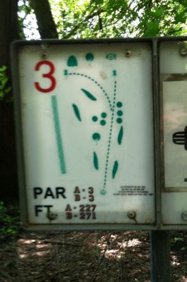 Big Sioux Recreation Area, Main course, Hole 3 Hole sign
