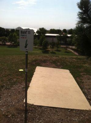 Larson Park, Main course, Hole 11 Tee pad