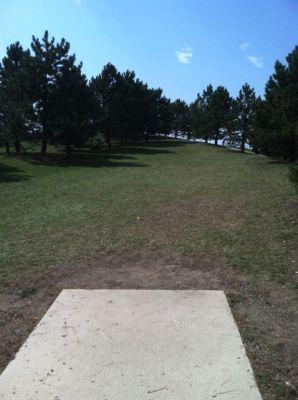 Larson Park, Main course, Hole 15 Tee pad