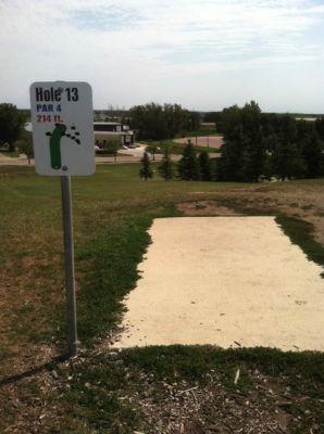 Larson Park, Main course, Hole 13 Tee pad
