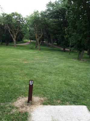 Oakwood Lakes State Park, Main course, Hole 3 Tee pad