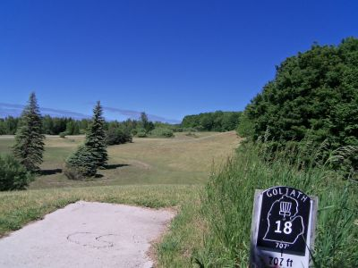 Mason County Park, Goliath, Hole 18 Tee pad