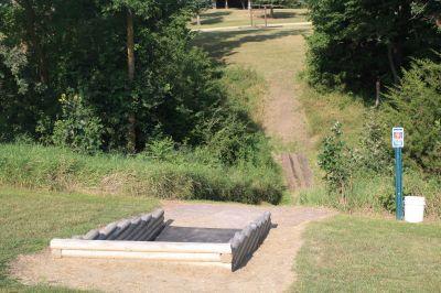 LaBolt Park, Main course, Hole 9 Tee pad