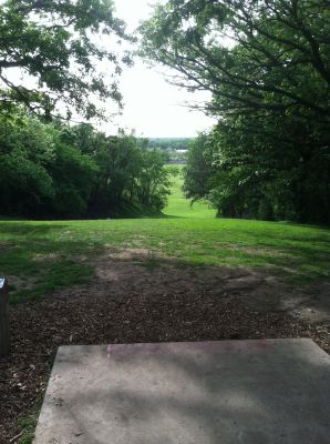 Tuthill Park, Main course, Hole 6 Tee pad