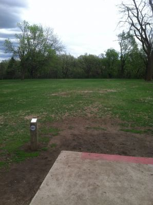 Tuthill Park, Main course, Hole 1 Tee pad