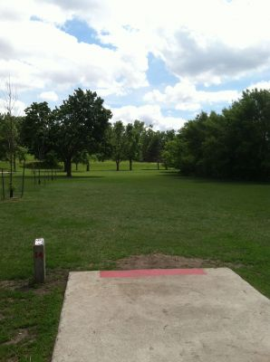 Tuthill Park, Main course, Hole 14 Tee pad