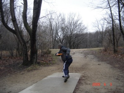 Kensington Metropark, Original course, Hole 4 Short tee pad