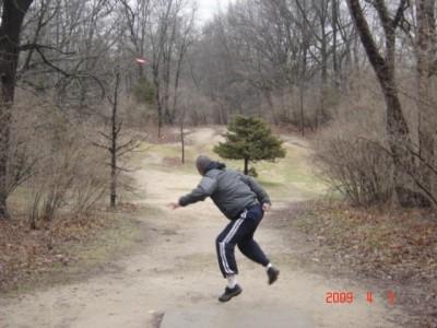 Kensington Metropark, Original course, Hole 5 Short tee pad