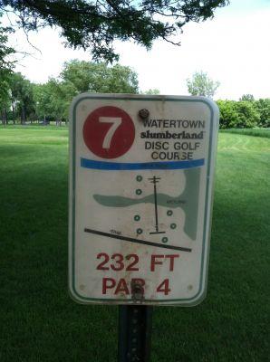 Watertown Slumberland, Main course, Hole 7 Hole sign