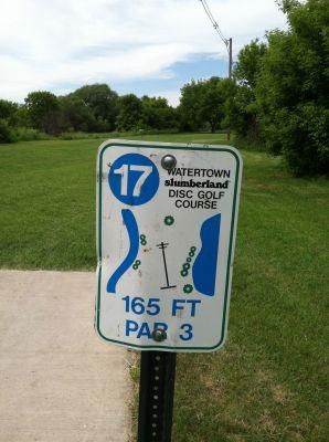 Watertown Slumberland, Main course, Hole 17 Hole sign