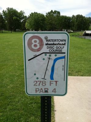 Watertown Slumberland, Main course, Hole 8 Hole sign
